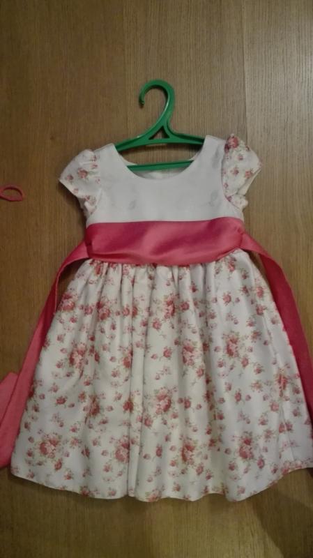 Нарядные платья на девочек в новосибирске